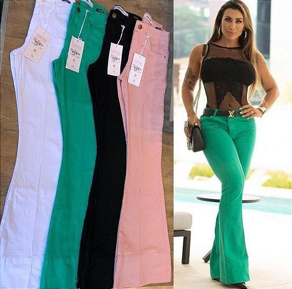 Calça flare color com barra italiana e nervura - Verde