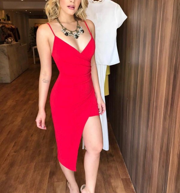 Vestido assimétrico Débora - Vermelho