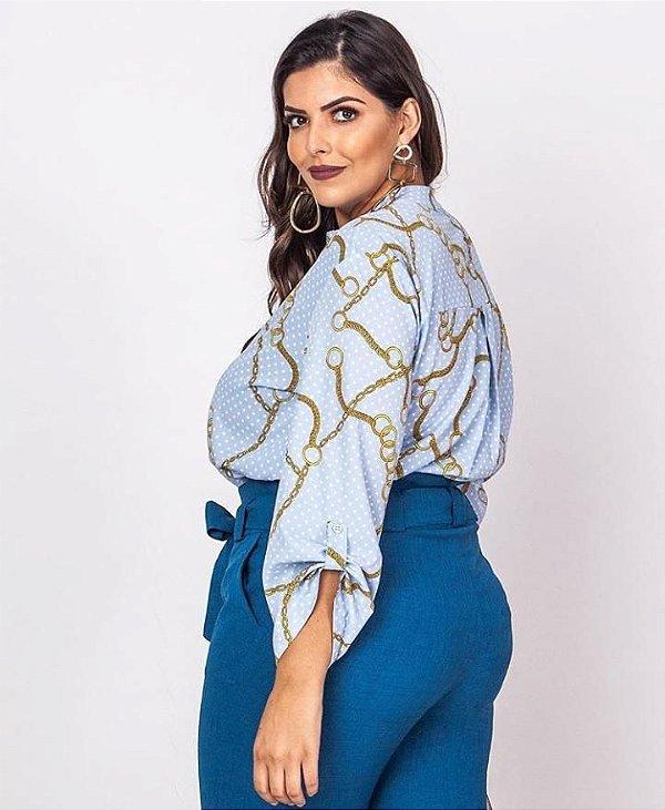 Blusa em viscose com estampa de corrente - cor azul bebê