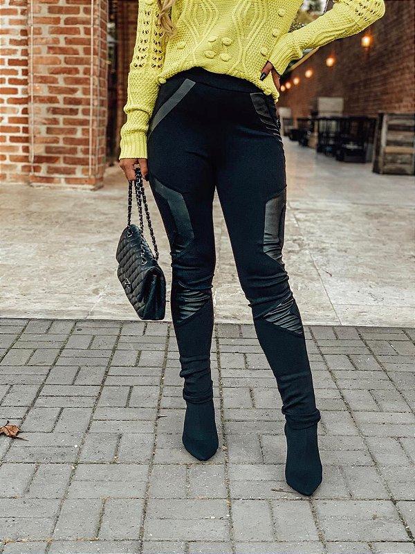 Calça skinny preta em neoprene e couro eco - Milan