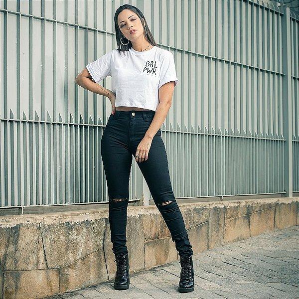 Calça jeans skinny cintura alta com rasgo no joelho - Preto