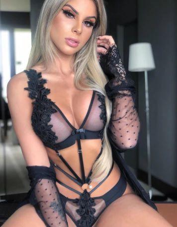 Body Maria Antonietta