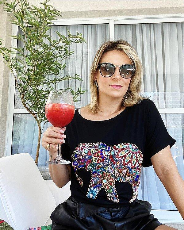 T-shirt bordada à mão Preta - Elephant
