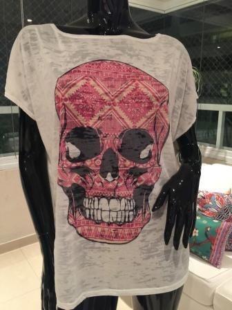 T-shirt Caveira rosa