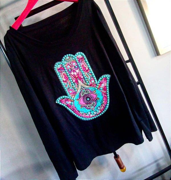 T-Shirt Bordada manga comprida - Mãos