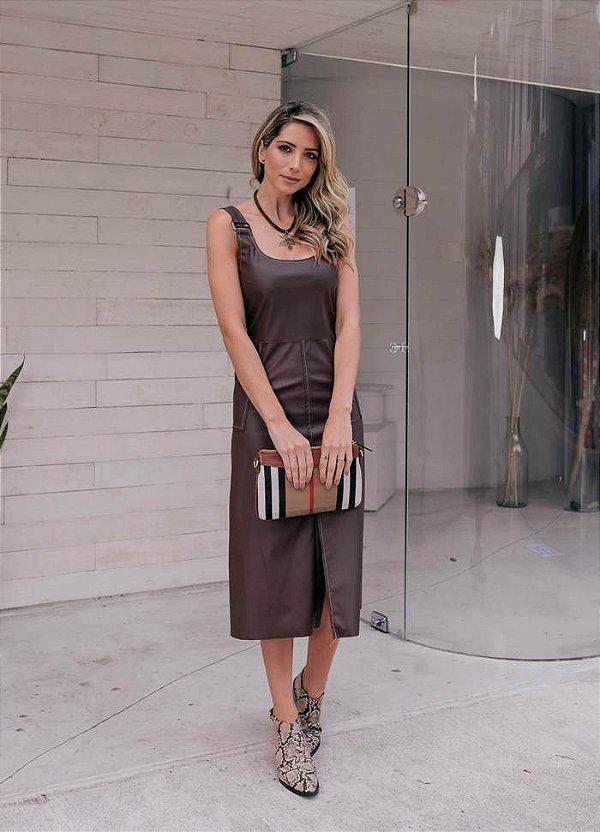 Vestido midi em couro eco marrom - Milly