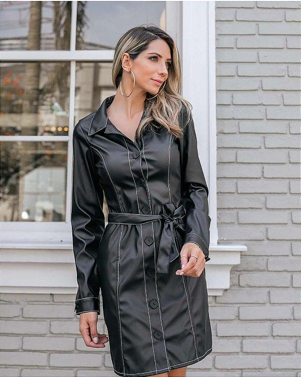 Vestido curto manga longa em couro eco preto com botões e costura - Cindy