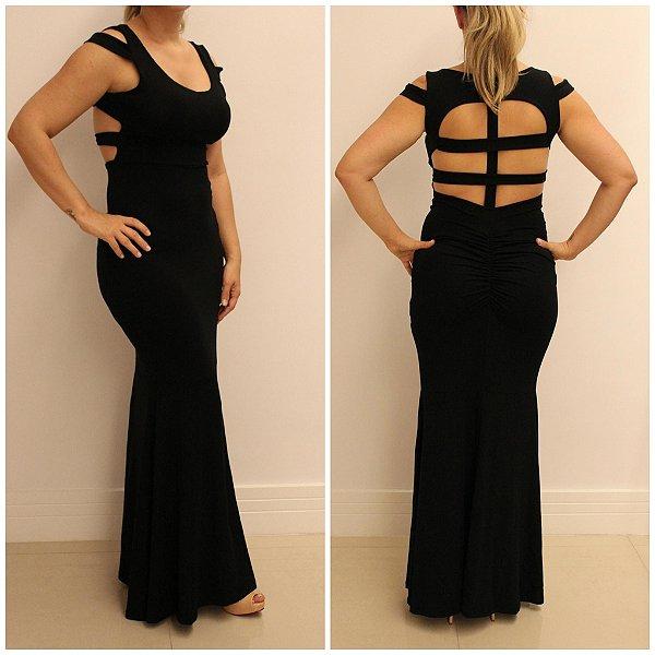 Vestido longo preto com detalhe maravilhoso em tiras nas costas