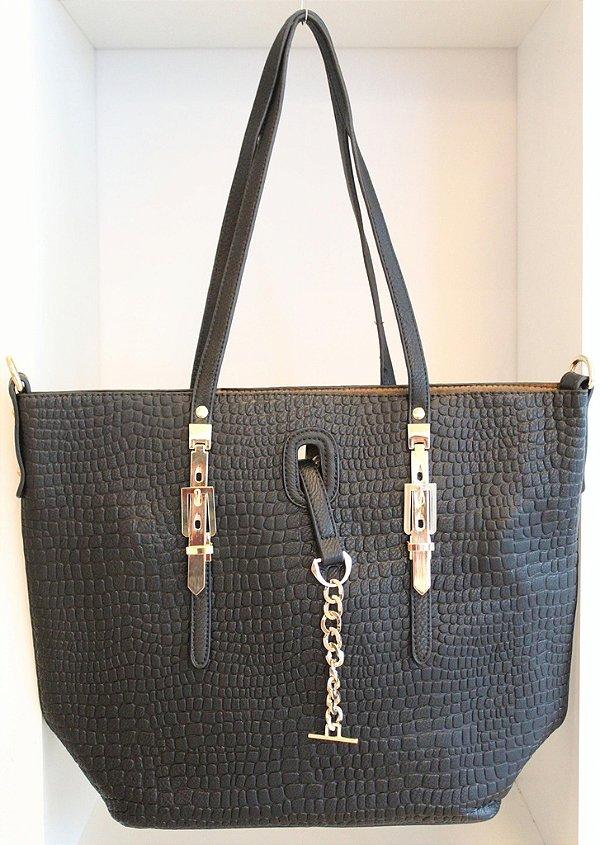 Bolsa em couro eco black com detalhes em metais dourado e segunda alça removível