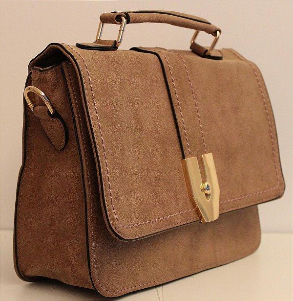 Baby bag em couro eco marrom com alça removível