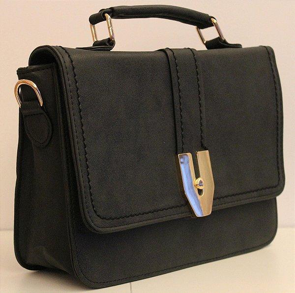 Baby bag em couro eco preto com alça removível