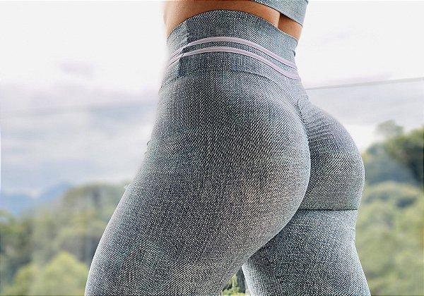 Calça legging fitness levanta bumbum com estampa jeans exclusiva