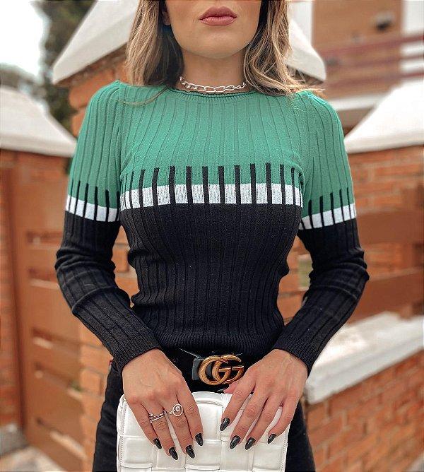 Blusa em tricot verde e preto piano