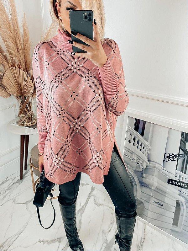 Poncho maravilhoso na tonalidade rosê