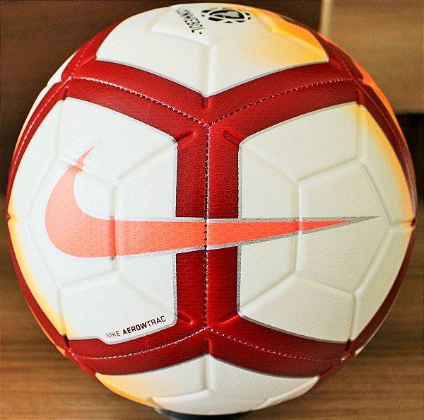 Bola Futebol Campo Nike CSF Campo Strike - Hit Tennis Sports - Loja ... 7129d27a7bb1a