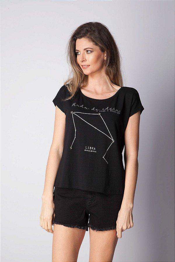 T-Shirt Bana Bana com Estampa de Signo Libra Preta