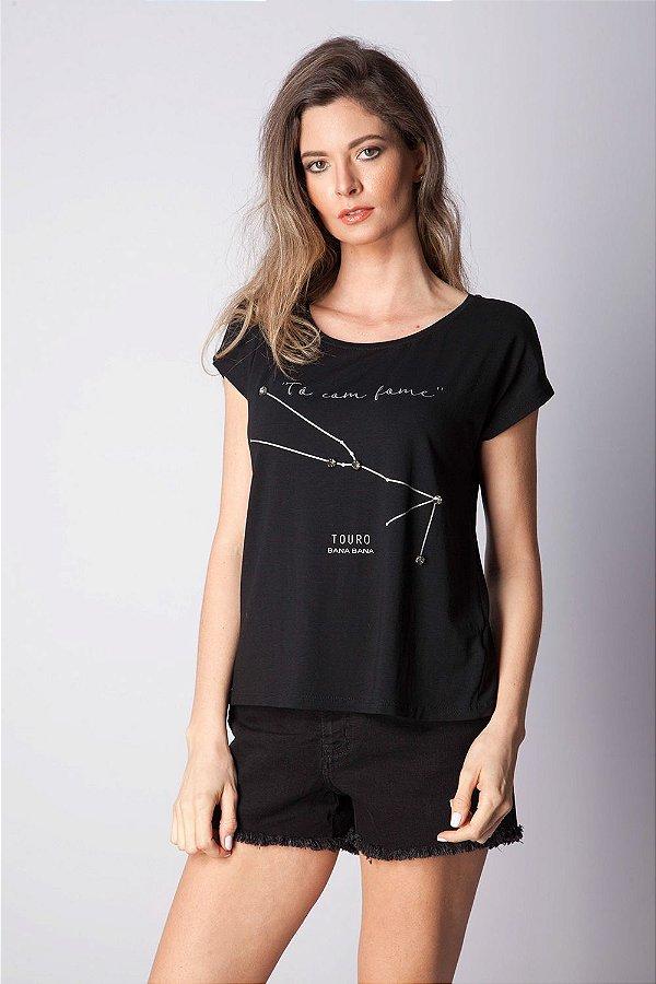 T-Shirt Bana Bana com Estampa de Signo Touro Preta