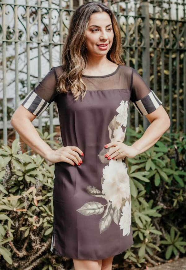 Vestido Curto Bana Bana Estampado com Tule Preto