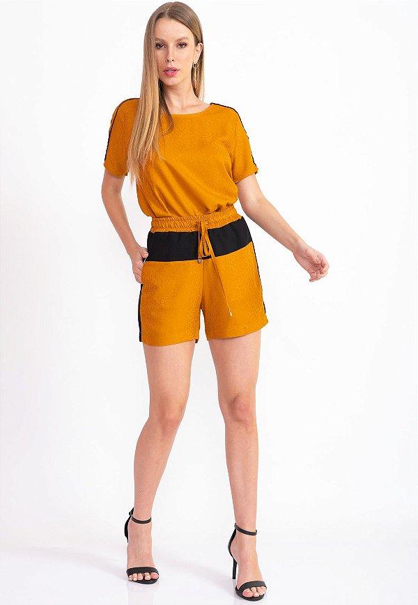 Conjunto Bana Bana Shorts e Blusa T-Shirt Mostarda