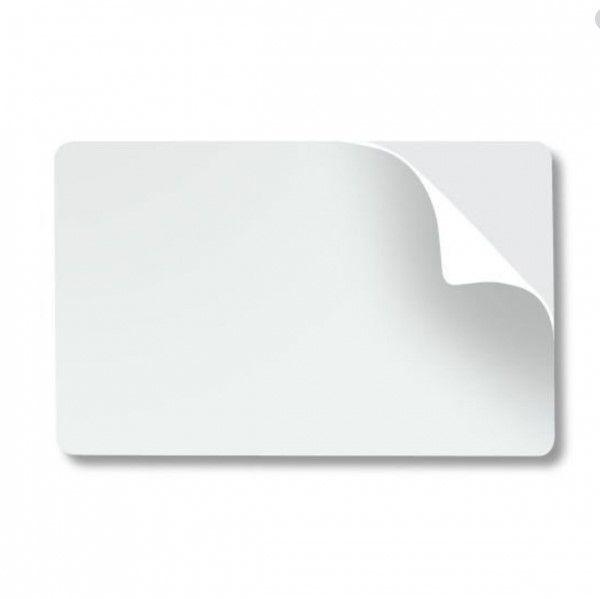 Cartão Adesivado em PVC Branco CR80 para Impressão