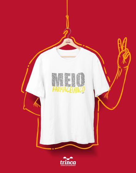 Camiseta Universitária - Farmácia - Meias Palavras - Basic