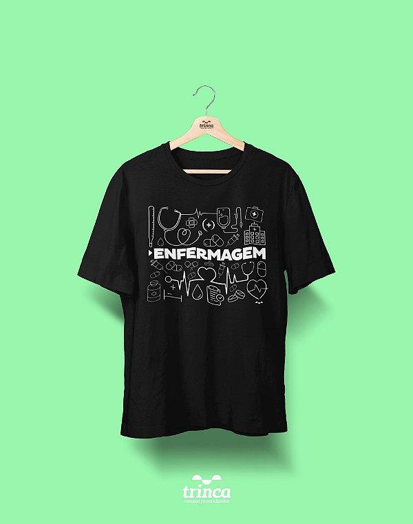 Camiseta Universitária Enfermagem - Deixa que eu cuido - Basic