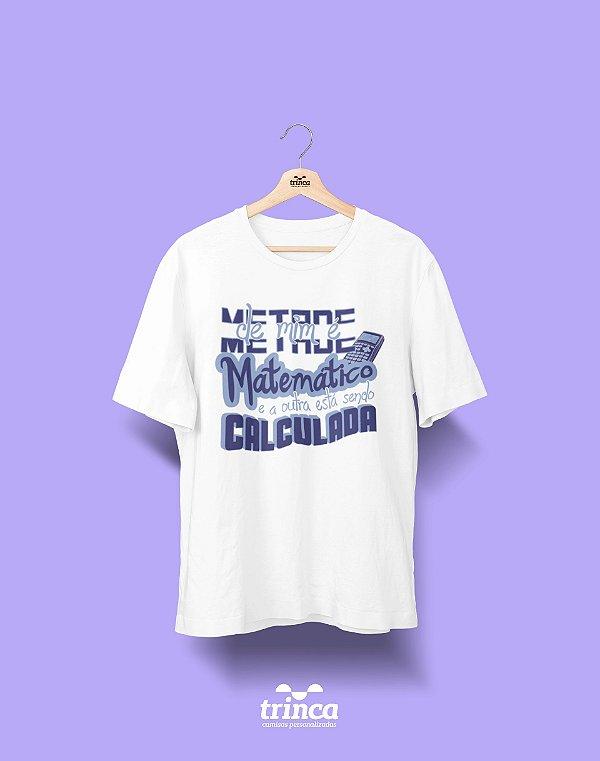 Camisa Universitária Matemática - 2+2 - Basic