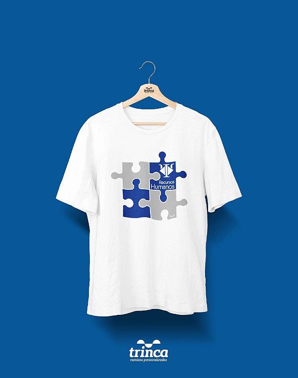 Camisa Universitária Recursos Humanos - Peça sobre peça - Basic