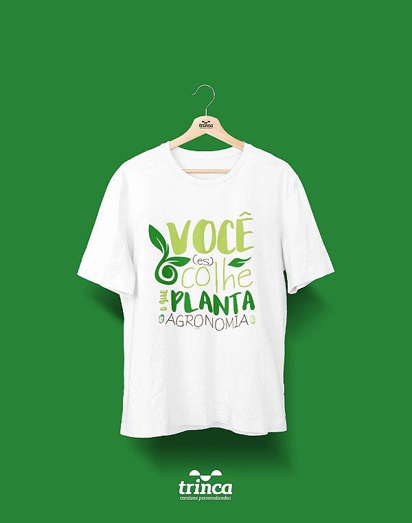Camiseta Universitária - Agronomia - Colheita - Basic