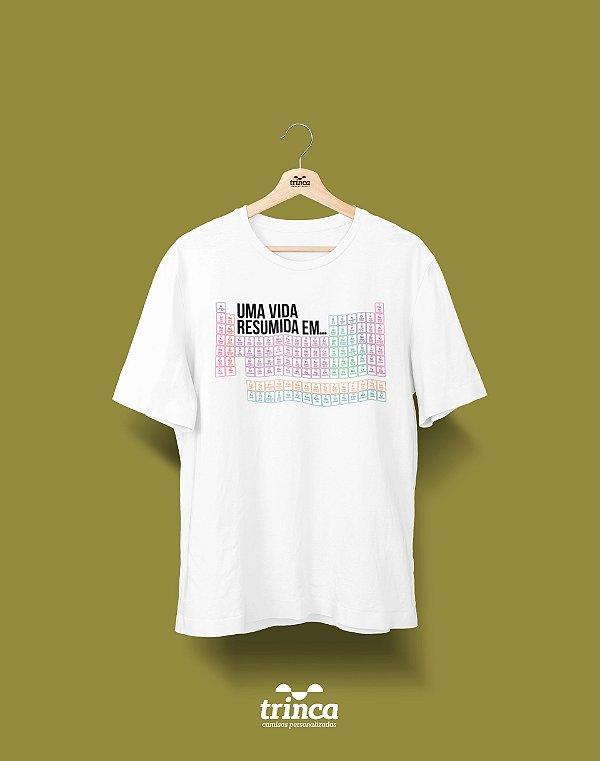Camisa Universitária Química - Tabela Periódica - Basic