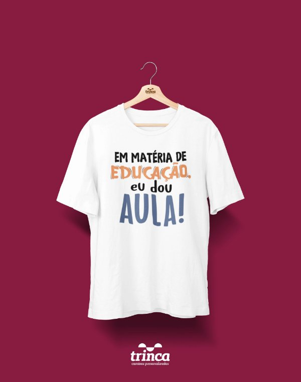 Camisa Universitária Pedagogia - Dou Aula - Basic