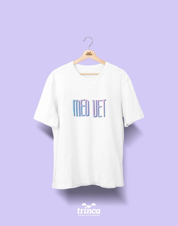 Camiseta Universitária - Medicina Veterinária - Tie Dye - Basic
