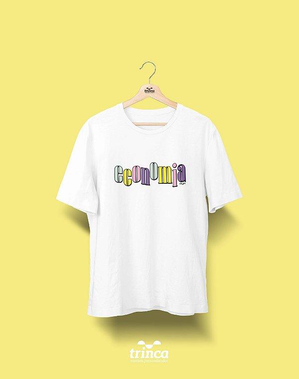 Camiseta Universitária - Economia - 90's - Basic