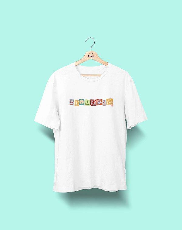 Camiseta Universitária - Biologia - Colagem - Basic
