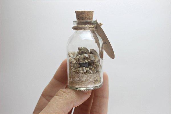 Lembrancinha aniversário fundo do mar - Conchas com areia