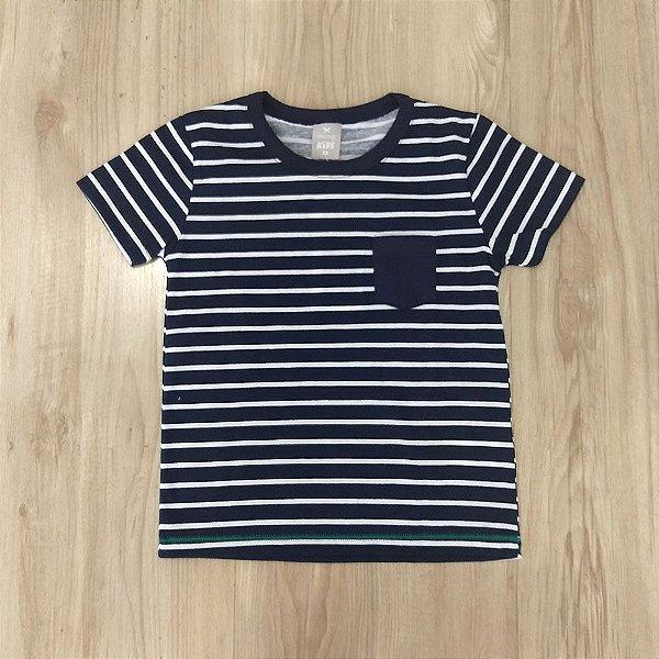 8807c8f3f2 Camisa Infantil Masculina - Hering Kids - Manga Curta Listras Com Bolso