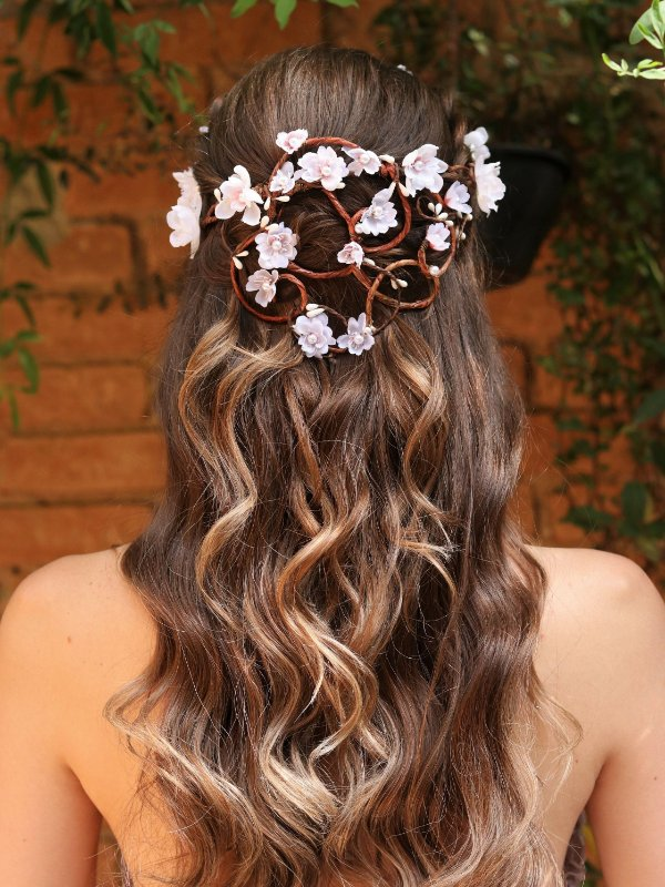 Tiara de Flores Cascata Talismã