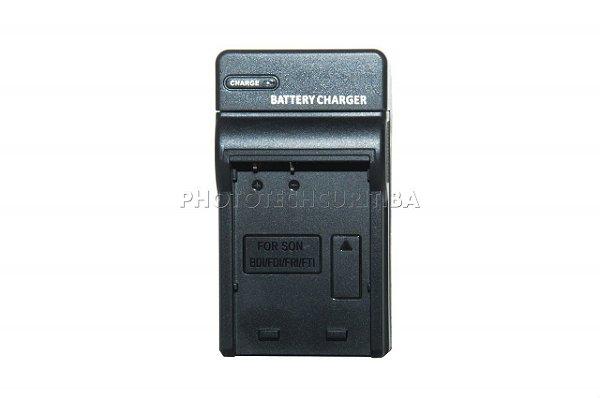 Carregador de Bateria Sony NP-BD1,FD1,FR1,FT1 Travel Modelo EM-BCBD1