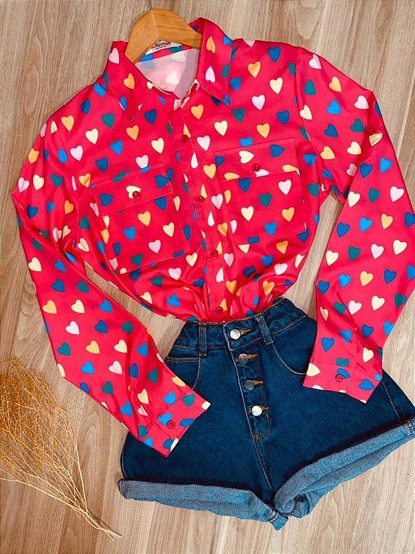Camisa Corações Coloridos Sarah Rosa