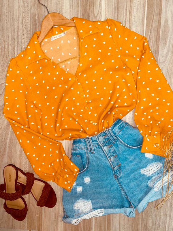 Camisa Monalisa Decote V Mini Corações Amarelo