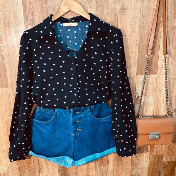 Camisa Monalisa Decote V Mini Corações Black