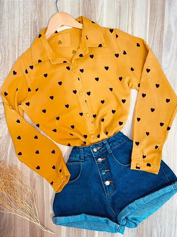 Camisa Manga Longa Botões Encapados Deborah Corações Amarelo
