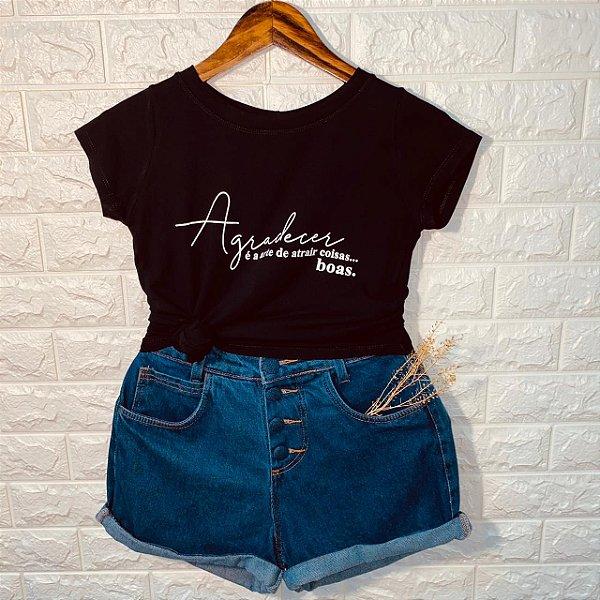 T-shirt Agradecer é a Arte de Atrair Coisas... Boas.