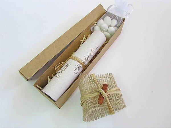 Convite para padrinhos modelo caixa pergaminho rústico