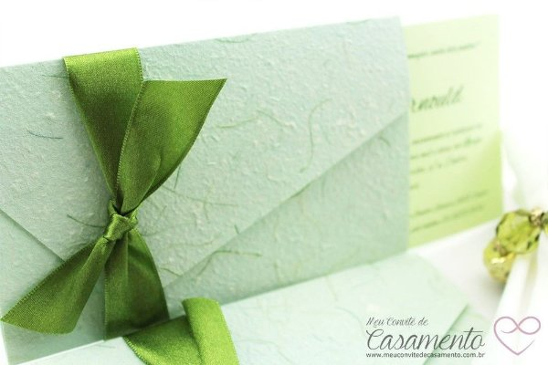 Convite Diferente Verde (Marfim)