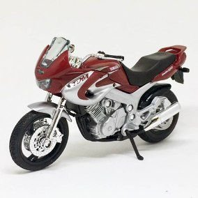 MOTO CALIFORNIA CYCLE YAMAHA TDM850 1/18