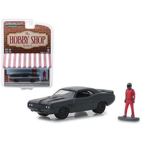 """1971 DODGE CHALLENGER """"SHAKEDOWN TRIBUTE"""" WITH RACE CAR DRIVER 1/64"""