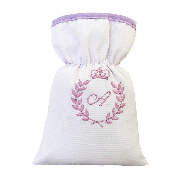 Bolsa Térmica Com A Inicial Do Bebê Bordada Lilás