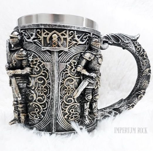 Caneca Knight Got Inox e Resina 400ml