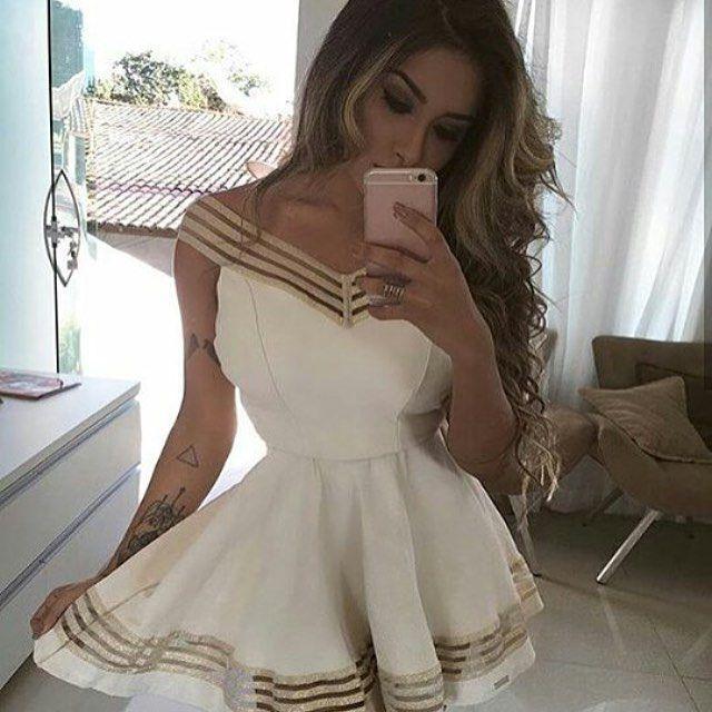 Vestido Jacard Branco com detalhe em dourado